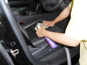 car-interior-cleaning1